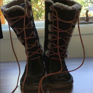 Ugg Tularosa Lace Up Boot size 9